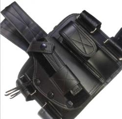 Coldre de Perna Universal para Pistola com Porta Carregador e Fiel