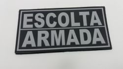 Emborrachado Escolta Armada Para As Costas