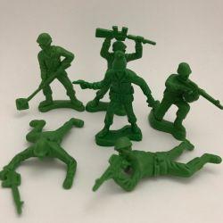 06 Soldadinhos Toy Store Plástico Verde